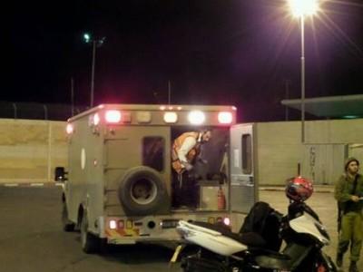 """بالصور : استشهاد فلسطيني حاول إقتحام قاعدة عسكرية """"إسرائيلية"""" بـ""""تركتور"""""""