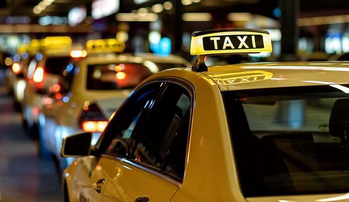 رفع أجور النقل وفق التطبيقات الذكية بنسبة 30% عن التكسي الأصفر ..  ووقف ترخيص شركات جديدة