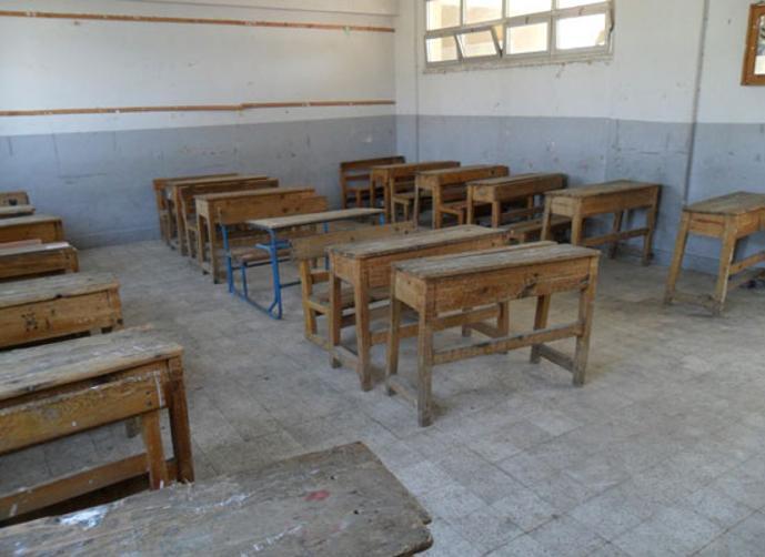 ام الرصاص.. أولياء أمور طلبة مدرسة سالية يمنعون طالباتهم من الذهاب إليها بسبب قرار دمج المدارس
