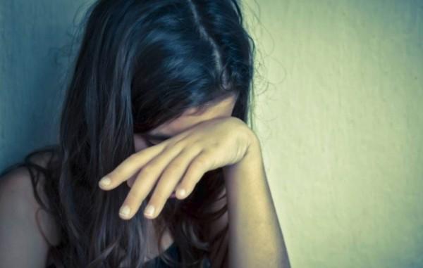 بقيت بالمدرسة للدروس الخصوصية ..  والنتيجة اغتصاب وإجهاض وضرر بالدماغ!