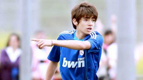 بناءاً على توصية زيدان .. إنزو يترك ريال مدريد .. !