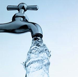 """هل سيتم إعادة برمجة """"الأدوار وساعات التزويد"""" ..  المياه تجيب"""