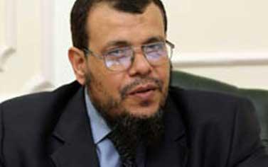 مرسي يقيل مستشاره لشؤون البيئة بسبب تقارير حول استغلاله لمنصبه