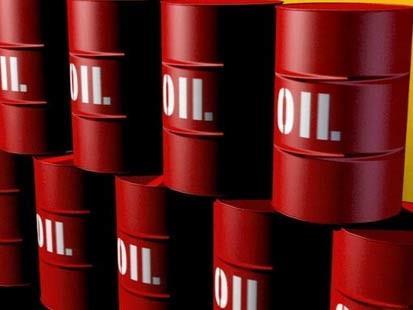 النفط يواصل الهبوط وسط توقعات باستئناف الامدادات الليبية
