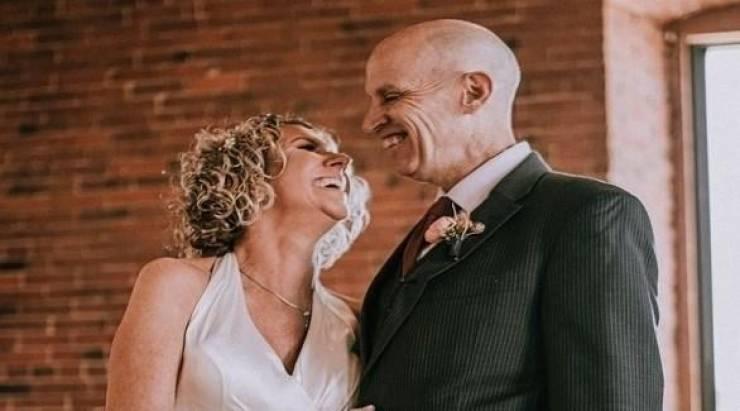 يتزوجان للمرة الثانية بعدما فقد الزوج ذاكرته