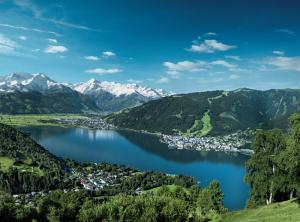 بالصور تعرف على بحيرة زيل ام سي في النمسا