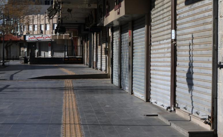 """هل يوجد لدى الحكومة """"أدوات"""" تمكنها من فتح القطاعات المغلقة في رمضان؟"""