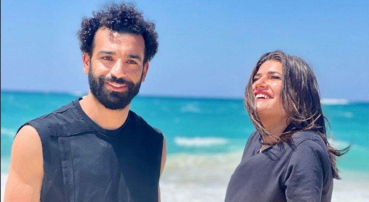 """ديانا هشام بصحبة محمد صلاح ..  وتعلق: """"الأسطوري المتواضع"""""""