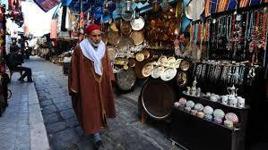 بالفيديو ..   عضو بـ «اتحاد الشغل»: هناك غلاء كبير في الأسواق التونسية بعد انهيار قيمة الدينار