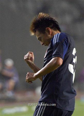 اليابان تنتزع صدارة شرق آسيا بعد الفوز على أستراليا بصعوبة