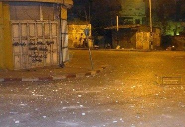 بالصور  .. أعمال شغب وتكسير وإصابات  عقب مباراة في نابلس
