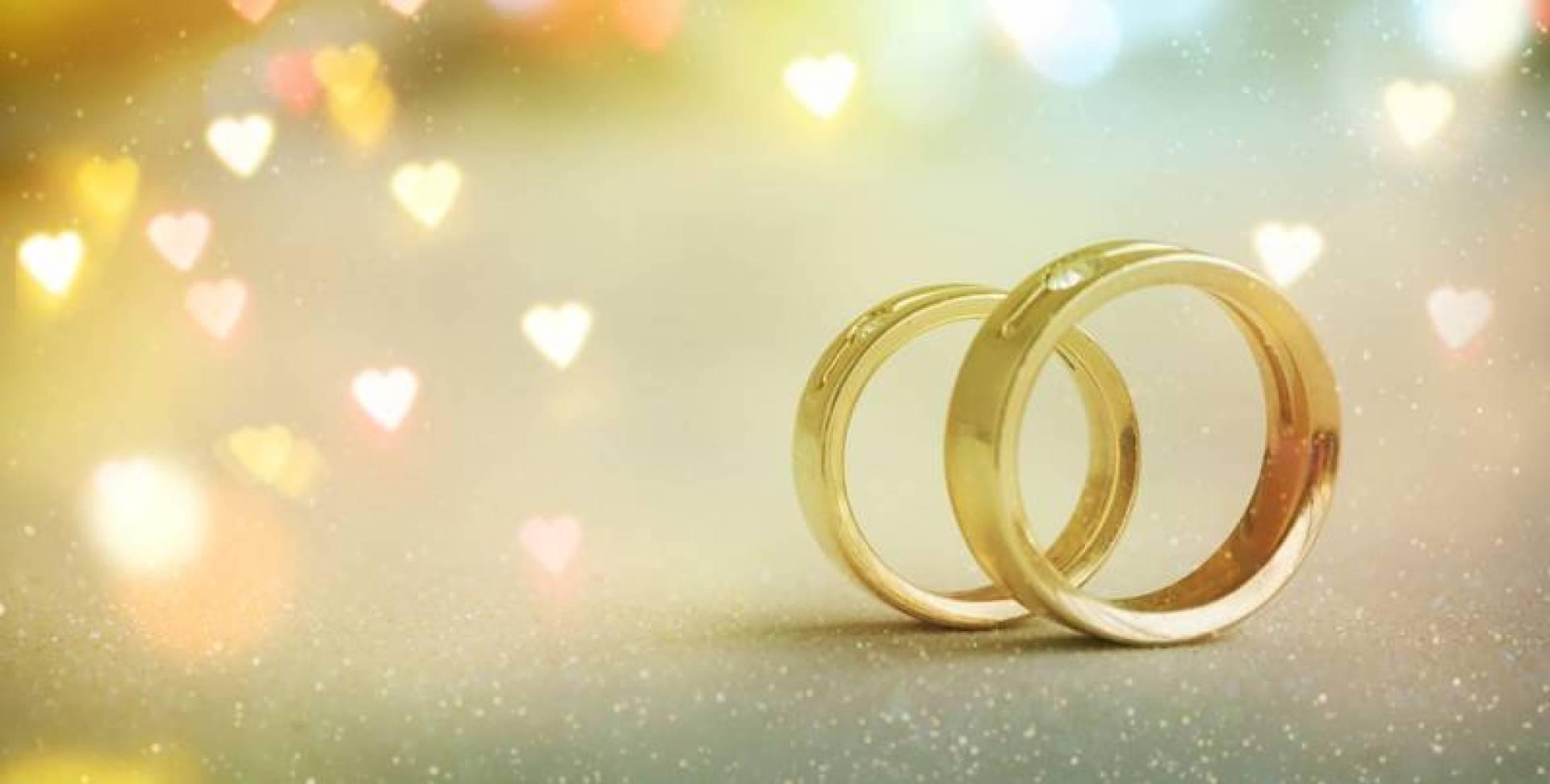 """مدرس مصري يكتشف زواجه """"للمرة الخامسة"""" بالصدفة"""