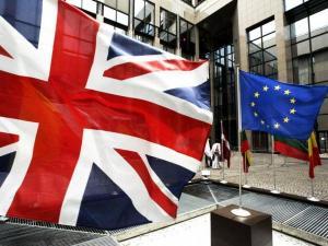 هل تعود بريطانيا عن قرار الخروج من اليورو؟