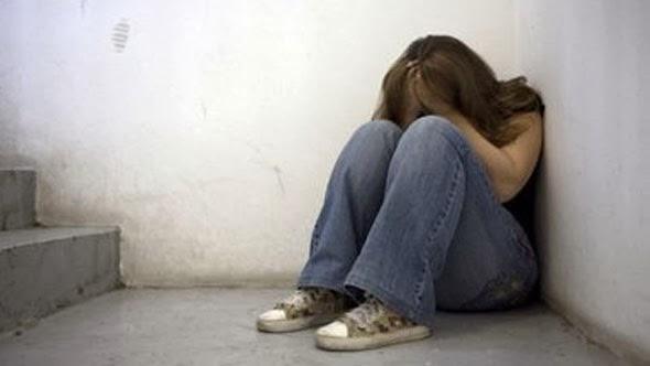 إحتجزها و داوم على إغتصابها مقابل (7000) ريال لكفيلها