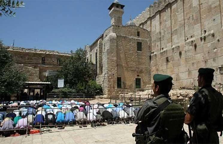 أوقاف الخليل: نناشد الجميع التواجد في الحرم الإبراهيمي للتصدي لممارسات الاحتلال