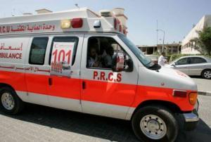 وفاة طفل متأثرا بإصابته بحادث دهس بمركبة والده