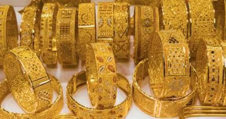"""26 دينارا سعر غرام الذهب """"21"""""""