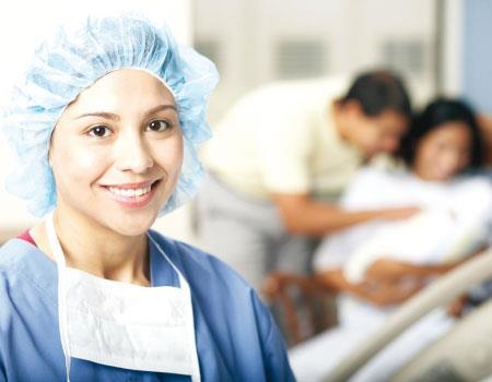 مطلوب ممرضات للعمل في قطر