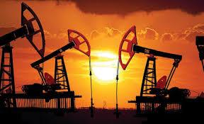 تراجع امدادات إيران يرفع أسعار النفط