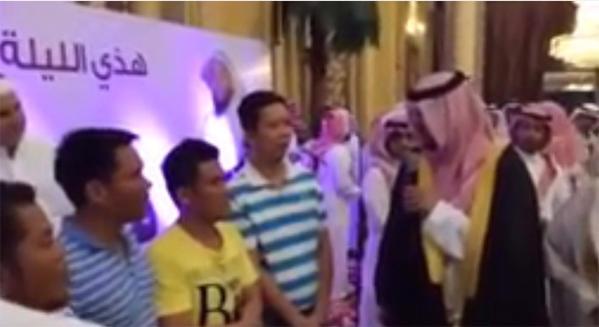 بالفيديو ..  5 آسيويين يدخلون الإسلام في زواج الداعية غرم البيشي