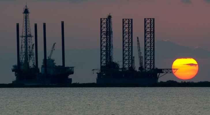 أسعار النفط تسجل تراجعا في آسيا