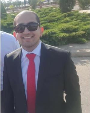نجل محافظ إربد الدكتور عمر رضوان العتوم مبارك التخرج