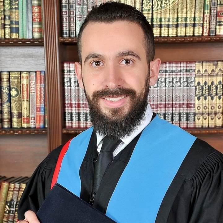 الدكتور صخر الغلاييني مبارك التخرج