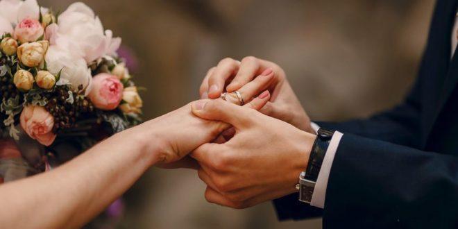 عروس تقرر بيع زوجها ..  تفاصيل