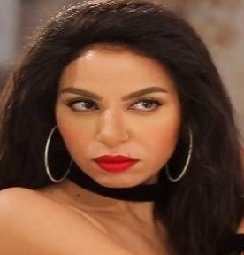 نسرين أمين تشن هجومًا حادًا، على المخرج محمد سامي