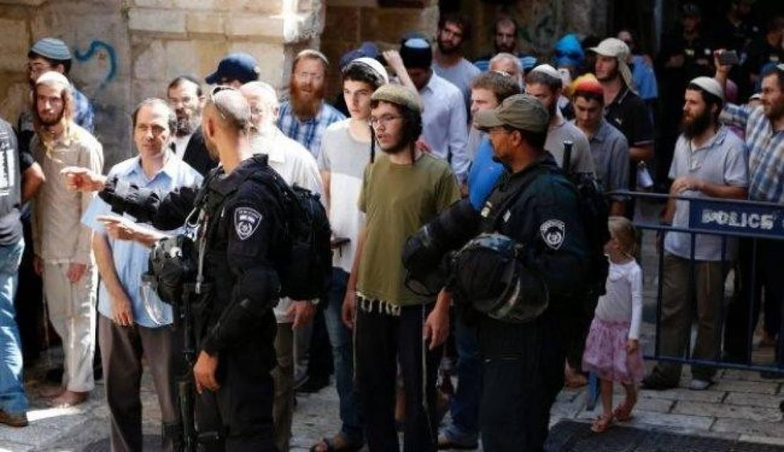 بالقنابل والسكاكين ..  المستوطنون يحرضون  لشن هجمات عدوانية ضد المقدسيين