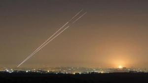 4 جنود جرحى بعد عدوان صاروخي صهيوني على محيط دمشق