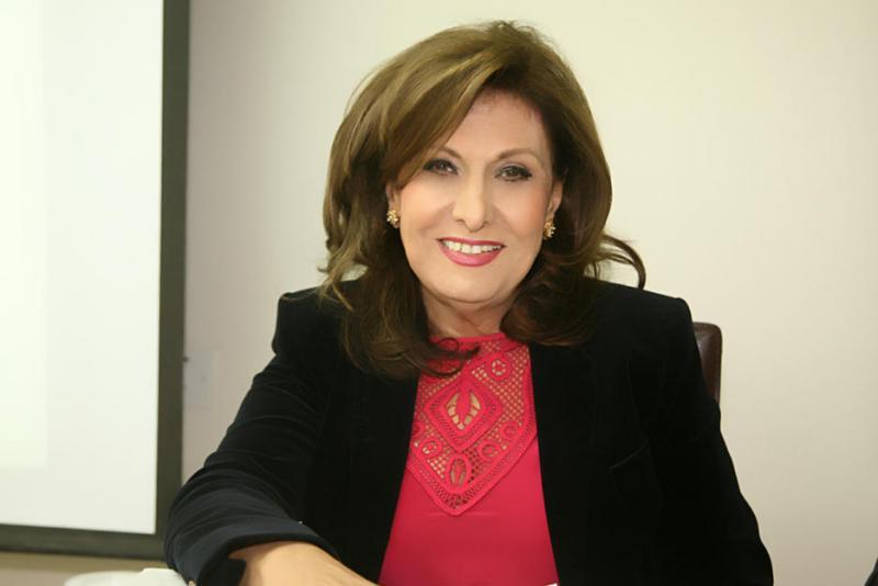 بالفيديو ..   روائية فلسطينية: «كتاباتي تُسهم في تحرير الرجل والمرأة بالتوازي»