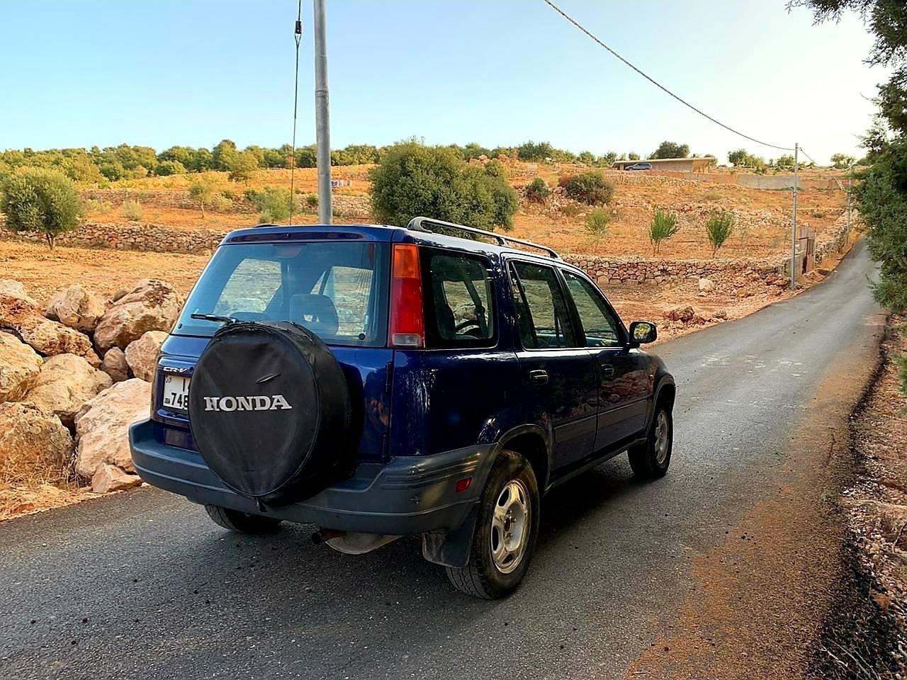 بالصور  ..  هوندا Crv 1998 4×4 للبيع