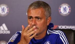 مورينيو يحسم الجدل حول تقديم استقالته