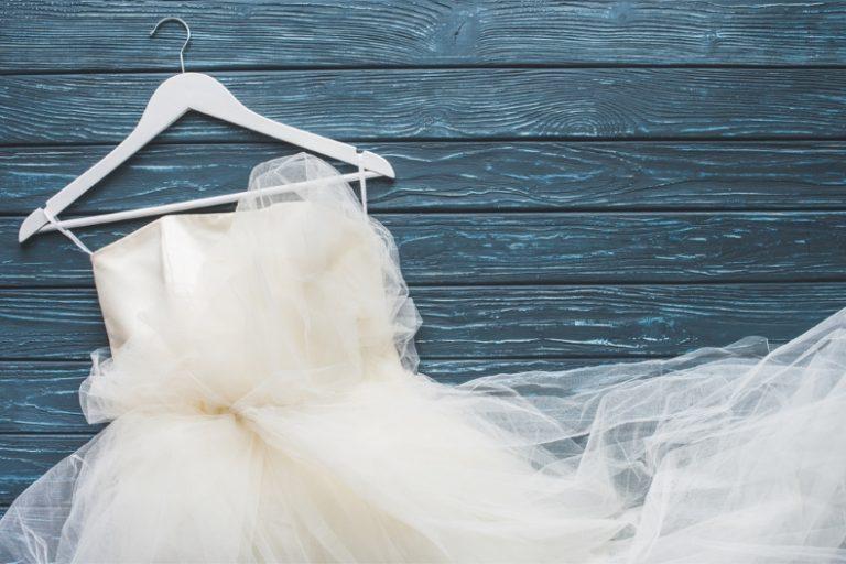 تفسير رؤية الفستان الأبيض في الاحلام