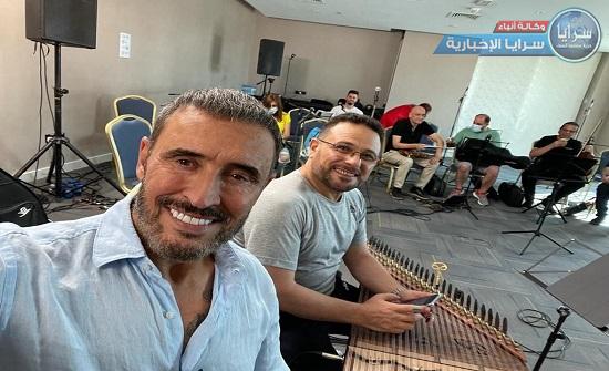 بالفيديو  ..  كاظم الساهر يقع بموقف محرج في دبي