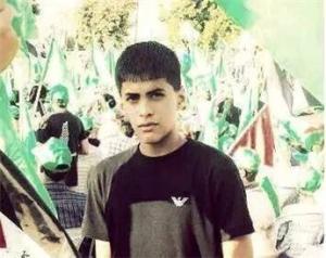 بالصور : استشهاد فتى بمواجهات سلواد
