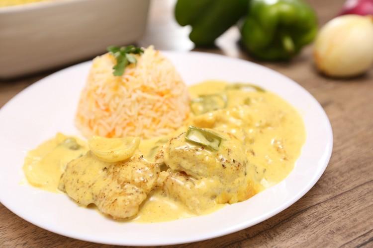 طبق جديد على مائدة الإفطار  ..  سمك الفيليه مع صوص الكريما والخضار