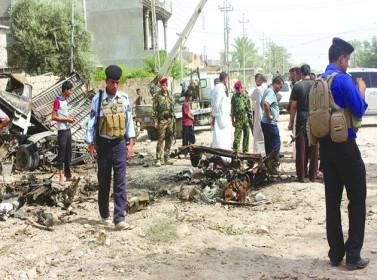 العراق: 30 قتيلا بتفجير استهدف مصلين شمال بغداد