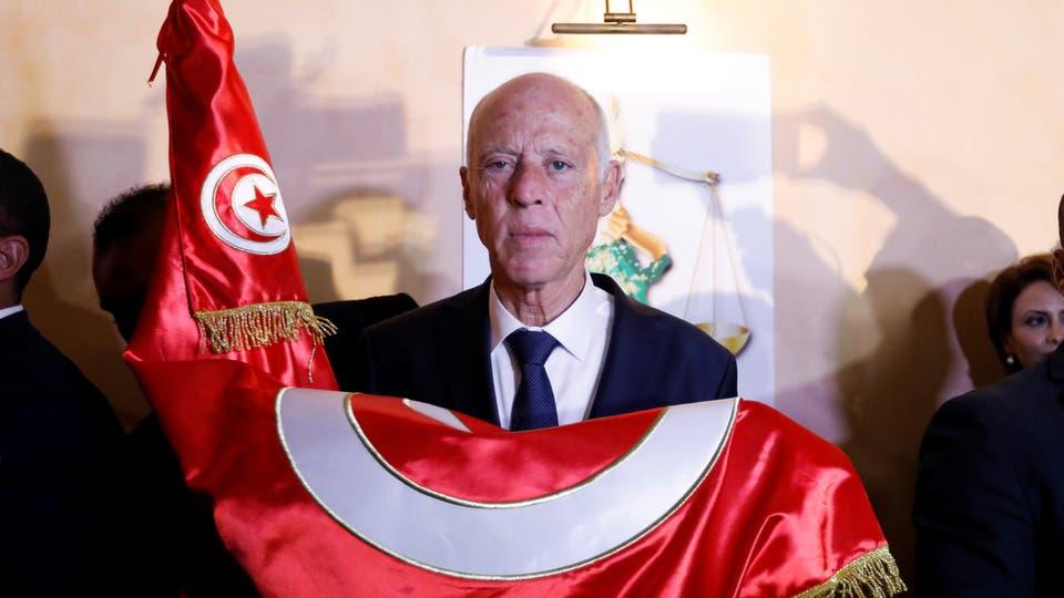 مستقلة الانتخابات في تونس تعلن رسميا فوز قيس سعيد