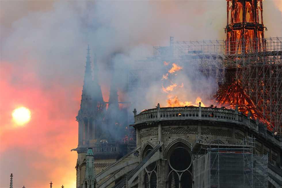 مدعي عام باريس: حريق كاتدرائية نوتردام ليس متعمدا
