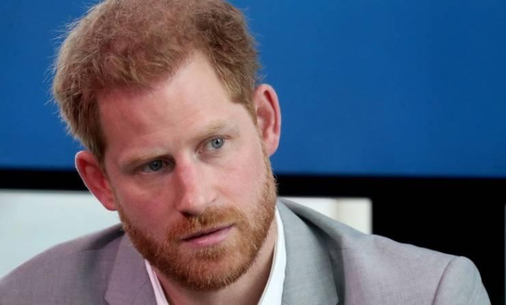 الأمير هاري يعود إلى بريطانيا لحضور جنازة جده