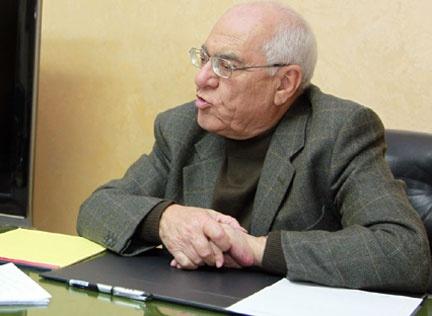 الكيلاني ينعي الكاتب الكبير طارق المصاروة