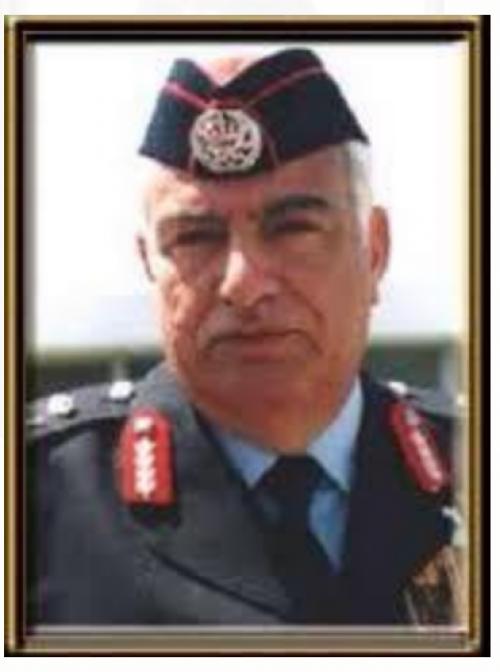 مدير الأمن العام الأسبق الفريق نصوح محي الدين قد على سرير الشفاء