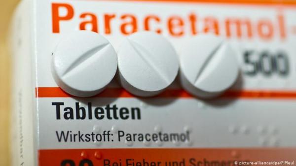 أطباء يحذرون من خطر تناول (الباراستيمول) عقب تلقي تطعيم الكورونا