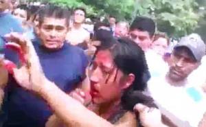 أشبعوا جسدها ضرباً وركلاً ثم صبوا البنزين عليها وأحرقوها