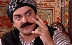 """""""ابو شهاب"""" يسخر من باب الحارة بشدة .. وفيديو يرصد الفرق بينه وبين """"العكيد معتز"""""""