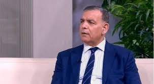 وزير الصحة: الحدود والمطارات ستبقى مغلقة لما بعد رمضان
