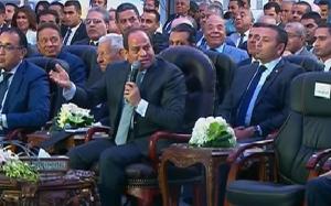 """بالفيديو  ..  السيسي يضع وزير النقل في موقف محرج جدا  ..  """"تفاصيل"""""""