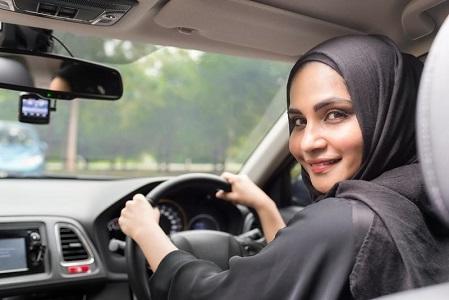 السعوديات أصدرن 40 ألف رخصة قيادة